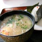 伸太 - 具だくさん豚汁 おむすび(タラコ)