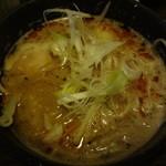 28870243 - 花琵 赤 つけ麺