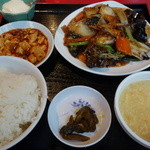 28873043 - 日替りランチ(豚バラ肉と野菜炒め)