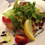 バール ベヴィトーレ - ビンナガ鮪のカツレツ サラダ仕立て
