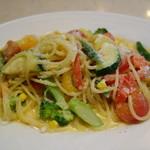 セントベーネ - 夏野菜のクリームソーススパゲッティ