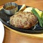 ビッグボーイ - 料理写真:2014.07 日替わりランチについてくる揚げ物が今ひとつなので、ハンバーグランチセット、スープバーが付いて690円