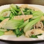 上海亭 - 青梗菜の炒め物(女子二人組)