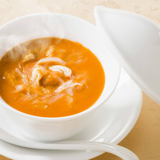 名物!ウニとフカヒレのスープ