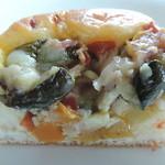 ペルティエ - ラタトゥイユの味に似ているパンの断面