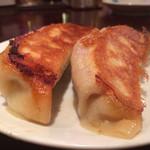 リトル泰興楼 - ランチセットの餃子は2個