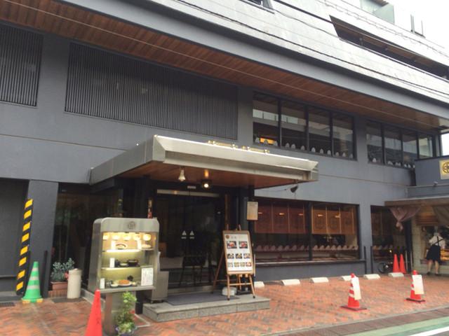 とんかつ まい泉 青山本店 - 立派な建物「カツサンド御殿」