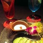 CHINA TABLE kahului 珊瑚礁 - 炙りサーモンとアボカドのミルフィーユとノンアルコールドリンク☆