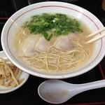 ラー麺通天 - こってり博多ラーメン600円!