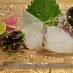 Dainingurumusushi - 鱸の刺身