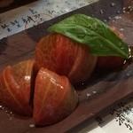 28897870 - トマトのスライス300円