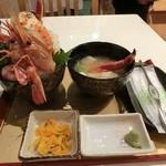 28898093 - ボタン海老、タラバガニ丼