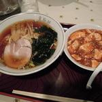 生駒軒 - ラーメンとミニ麻婆丼