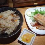 28899344 - ランチセット(+350円)(三河赤鶏のミニ唐揚げと鶏めし)