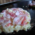 弁天 - 豚バラ肉は混ぜずに上にのせましょ。