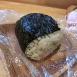 中華そば de 小松 - 鶏めしのオニギリ