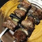 鶏や 笹木 - イベリコ豚中落ちカルビ 1串290円