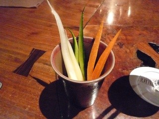 リトル スミス - お通しの野菜スティック