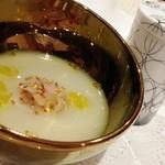 トゥ・ラ・ジョア - 冬瓜のスープ