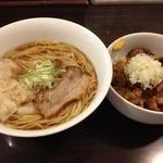 Tsurumen 大阪城北詰店 - 醤ワンタン麵(900円)+豚あえ飯(390円)