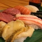 花寿司 - 中握り