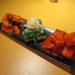 焼肉・韓国料理 KollaBo - キムチ盛り