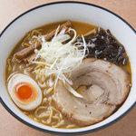 羅亜麺 魚金 -