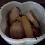 英香 - 煮物一層目