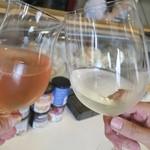 モンドール - ワインで乾杯♪