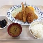 札幌市建設局下水道庁舎食堂 - ミックスフライ