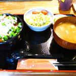28938148 - 豚玉丼