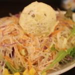 洋食堂 Jeu Jeu - 山盛りジュリアンサラダ+自家製ポテトサラダ