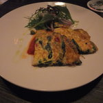 2894590 - 岩手県産野菜と八幡平産たまご スパニッシュオムレツ 自家製トマトソース