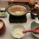 がんこ寿司 - かつとじ定食は税込みで¥950である。