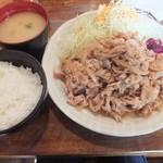 金魚鉢 - 豚のしょうが焼き定食おかず大盛1,100円