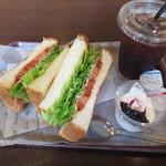 パンプキン 新本店 - トーストサンドB(アイスティー)【2014.7】
