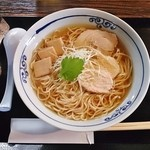 桜木製麺所 - 鶏醬油中華そば680円