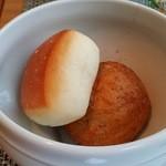ブラッスリー ハルナ - 自家製パン