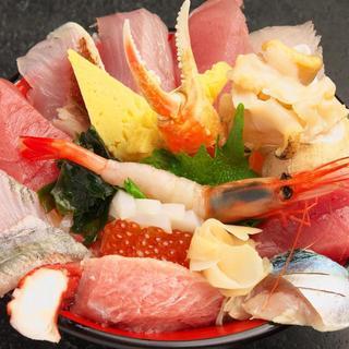 年中無休で新鮮な魚介メニューをお楽しみください。