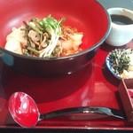 28965676 - 山菜なめこうどん(税込1,900円)