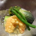 日本料理 太月 - 26年7月 冷し鉢 茶筅小茄子、車海老黄味揚げ、蓮芋、インゲン、出汁ゼリー