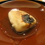 日本料理 太月 - 26年7月 ゴマ河豚白子炭火焼き ポン酢餡