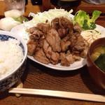 28966063 - マグロ生姜焼き定食(¥1,130)