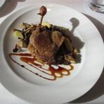 ル・ヴァンキャトル - フランス シャラン鴨もも肉のコンフィ