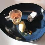 ル・ヴァンキャトル - 安納芋のアイス、ガトーショコラ、栗のティラミス