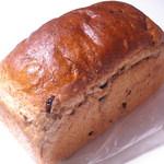 サンサリテ - レーズン食パン 500→350円 言い換えるとレーズンしか入ってない食パン。 26.5.31