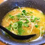 しおさい - 塩鶏そば680円