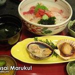 味佐々 - 味佐々丼(+焼き貝)
