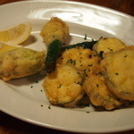 ピッツェリア ピッキ - ズッキーニのフリット。花ズッキーキにはチーズが入れ込んであります。絶品!!