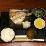 北の味紀行と地酒 北海道 - メバルの開き定食880円